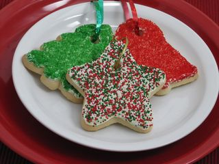 CookieOrnamentsOnPlate